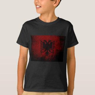 Drapeau grunge noir de l'Albanie T-shirts