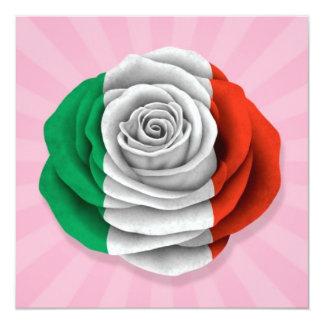 Drapeau rose d'Italien sur le rose Invitations
