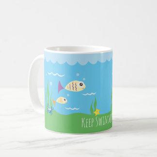 Drôle continuez juste à nager les poissons mug