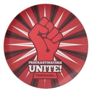 Drôle : Les Procrastinators unissent ! (Demain) Assiette