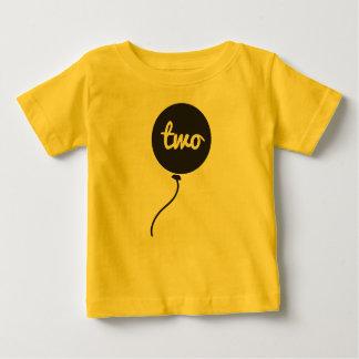 Du bébé chemise de l'anniversaire en second lieu t-shirt pour bébé