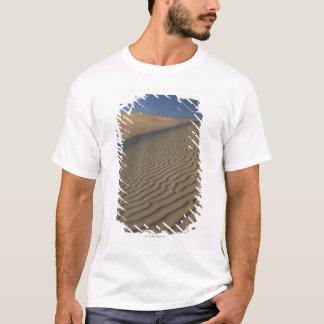 Dunes de sable à la mesquite Death Valley plat T-shirt
