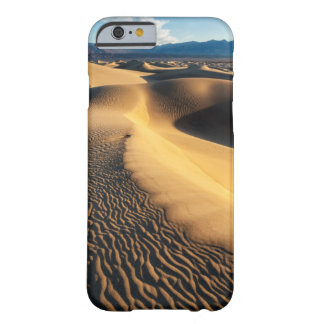 Dunes de sable dans Death Valley, CA Coque Barely There iPhone 6