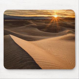 Dunes de sable d'or, Death Valley, CA Tapis De Souris