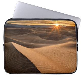 Dunes de sable d'or, Death Valley, CA Trousse Pour Ordinateur Portable