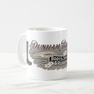 Dunham Bros. Bottes, chaussures, et tasse en