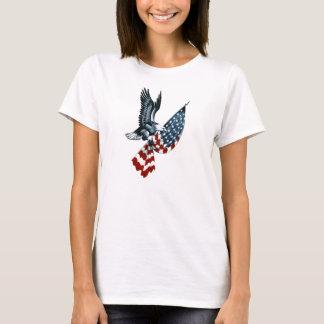 Eagle chauve avec le drapeau américain t-shirt