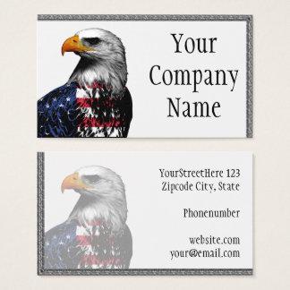Eagle chauve drapé dans le drapeau américain cartes de visite
