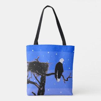 Eagle chauve en hiver tote bag