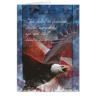 Eagle et carte de voeux de drapeau