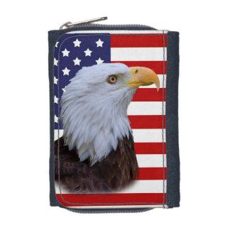 Eagle patriotique et drapeau des Etats-Unis