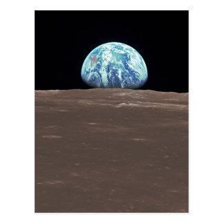 Earthrise de la lune carte postale