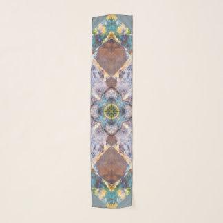 Écharpe bleue de bloc d'édredon
