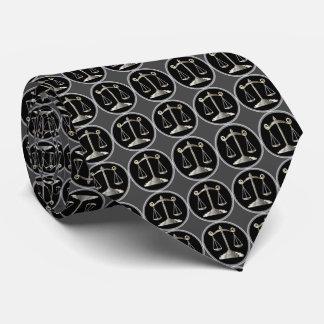 Échelles d'avocat de la loi | de la justice | cravate