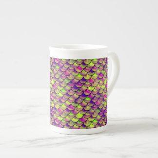 Échelles pourpres et vertes de Falln Mug