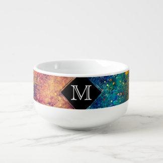 Éclaboussure audacieuse d'arc-en-ciel de mug à soupe