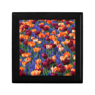 Éclat de couleur floral petite boîte à bijoux carrée