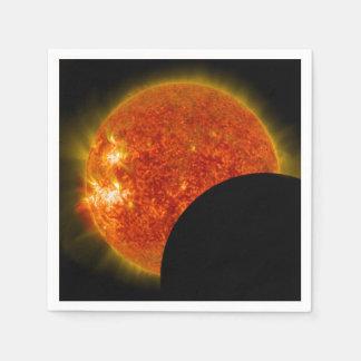 Éclipse solaire en cours serviette en papier