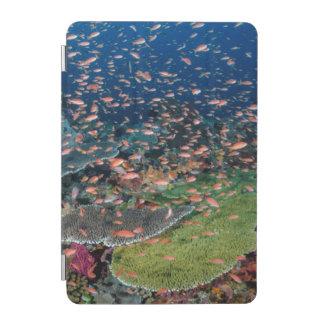 Écoles de récif coralien et de poissons protection iPad mini