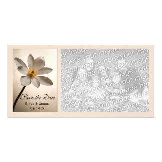 Économies blanches de mariage de fleur sauvage la modèle pour photocarte