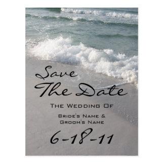 Économies de mariage de plage la date - ressacs et carte postale