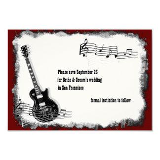 Économies rouges de musique de noir de guitare carton d'invitation 8,89 cm x 12,70 cm