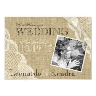 Économies vintages de dentelle la date carton d'invitation  11,43 cm x 15,87 cm