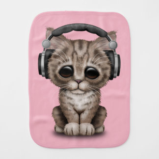 Écouteurs de port de chaton mignon linge de bébé