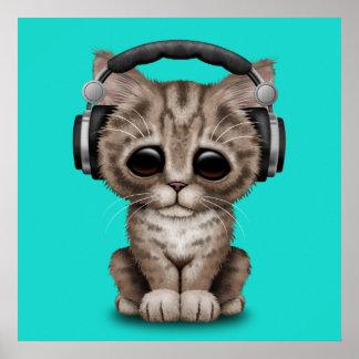 Écouteurs de port de chaton mignon poster