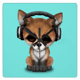 Écouteurs de port de Fox de bébé mignon Horloge Carrée