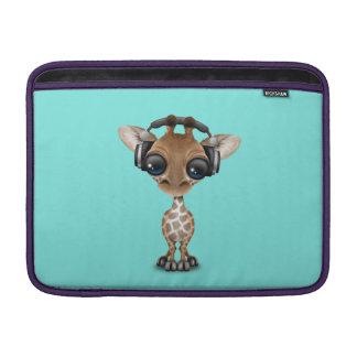 Écouteurs de port de girafe mignonne de bébé housse pour macbook air