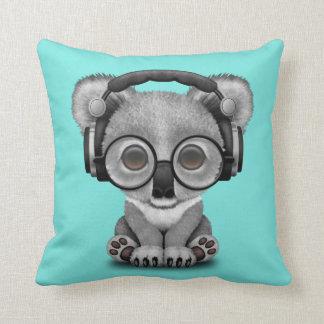 Écouteurs de port de koala mignon de bébé coussins carrés