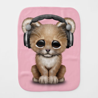 Écouteurs de port de lion mignon de bébé linges de bébé