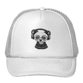 Écouteurs de port de panda mignon de bébé casquette