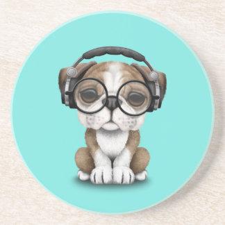 Écouteurs de port du DJ de chiot mignon de Dessous De Verre En Grès