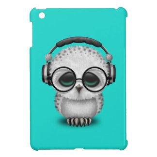 Écouteurs de port du DJ de hibou mignon de bébé Coque iPad Mini