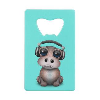 Écouteurs de port du DJ d'hippopotame mignon de