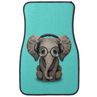 Écouteurs de port et verre du DJ d'éléphant mignon Tapis De Sol