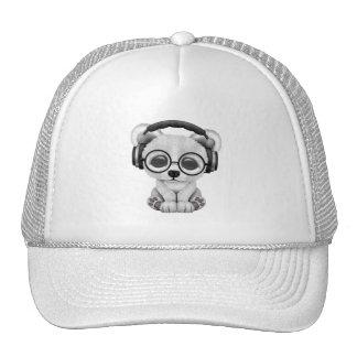 Écouteurs de port mignons d'ours blanc de bébé casquette