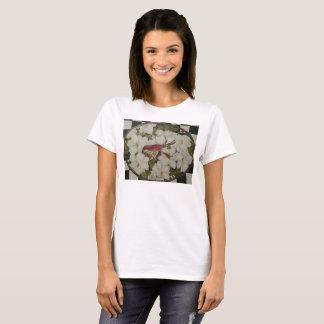 Écrevisses de la Louisiane et T-shirt de magnolias