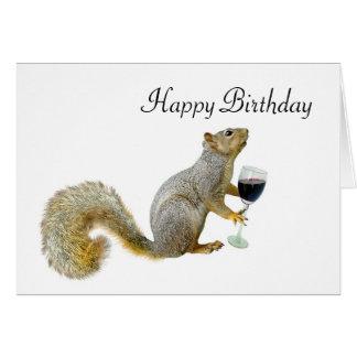 Écureuil avec l'écureuil d'anniversaire de vin carte de vœux