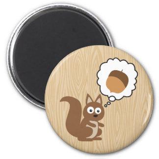 Écureuil pensant à l'écrou magnet rond 8 cm