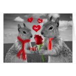 Écureuils heureux d'anniversaire dans la carte d'a