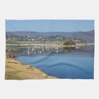 Edersee baie avec des Bringhausen Serviettes Pour Les Mains