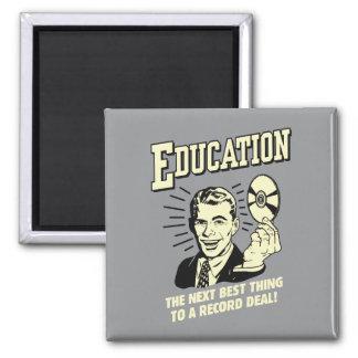 Éducation : La meilleure affaire de disque de chos Magnet Carré