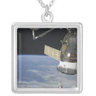 Effort de navette spatiale, un vaisseau spatial de collier
