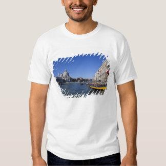 Église de salut de della Santa Maria et grand T-shirt