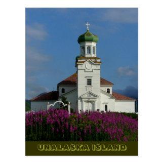 Église orthodoxe russe en été avec le Fireweed Carte Postale