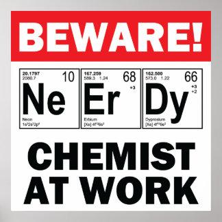 élément-chimiste nerd au travail posters