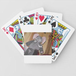 Éléphant aléatoire sur le plancher jeux de cartes poker